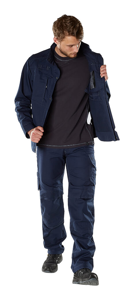 Jacket, Pants & Long Sleeve Shirt - MASCOT® MULTISAFE - Model