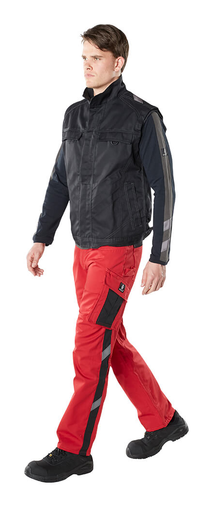 Man - Red - Pants with kneepad pockets, Gilet & T-shirt