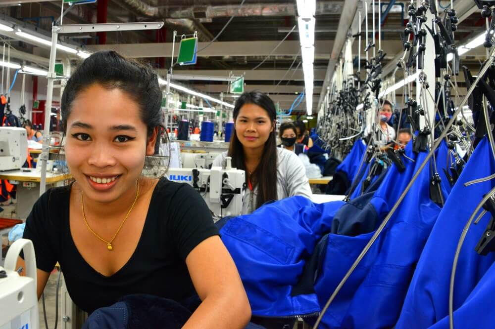 The Products take form-seamstress-Laos
