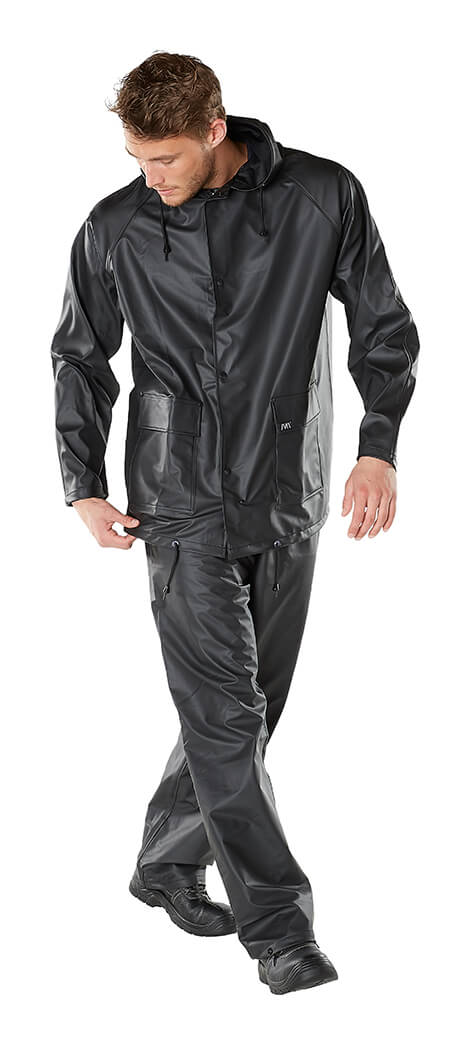 Model - Rain Jacket & Pants - MACMICHAEL®