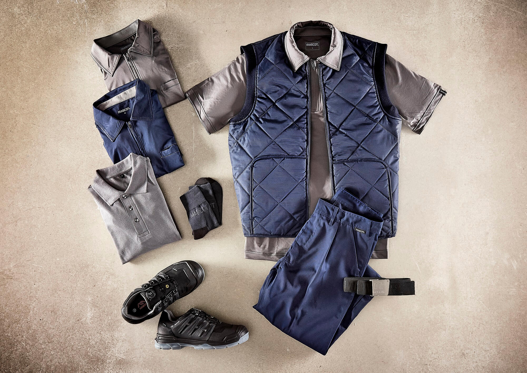 Navy - Thermal Gilet, Polo shirts & Pants with thigh pockets - Collage