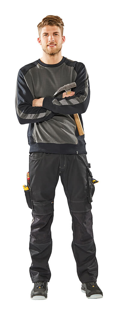 Model - T-shirt, long-sleeved & Pants with kneepad pockets - Grey - MASCOT® UNIQUE