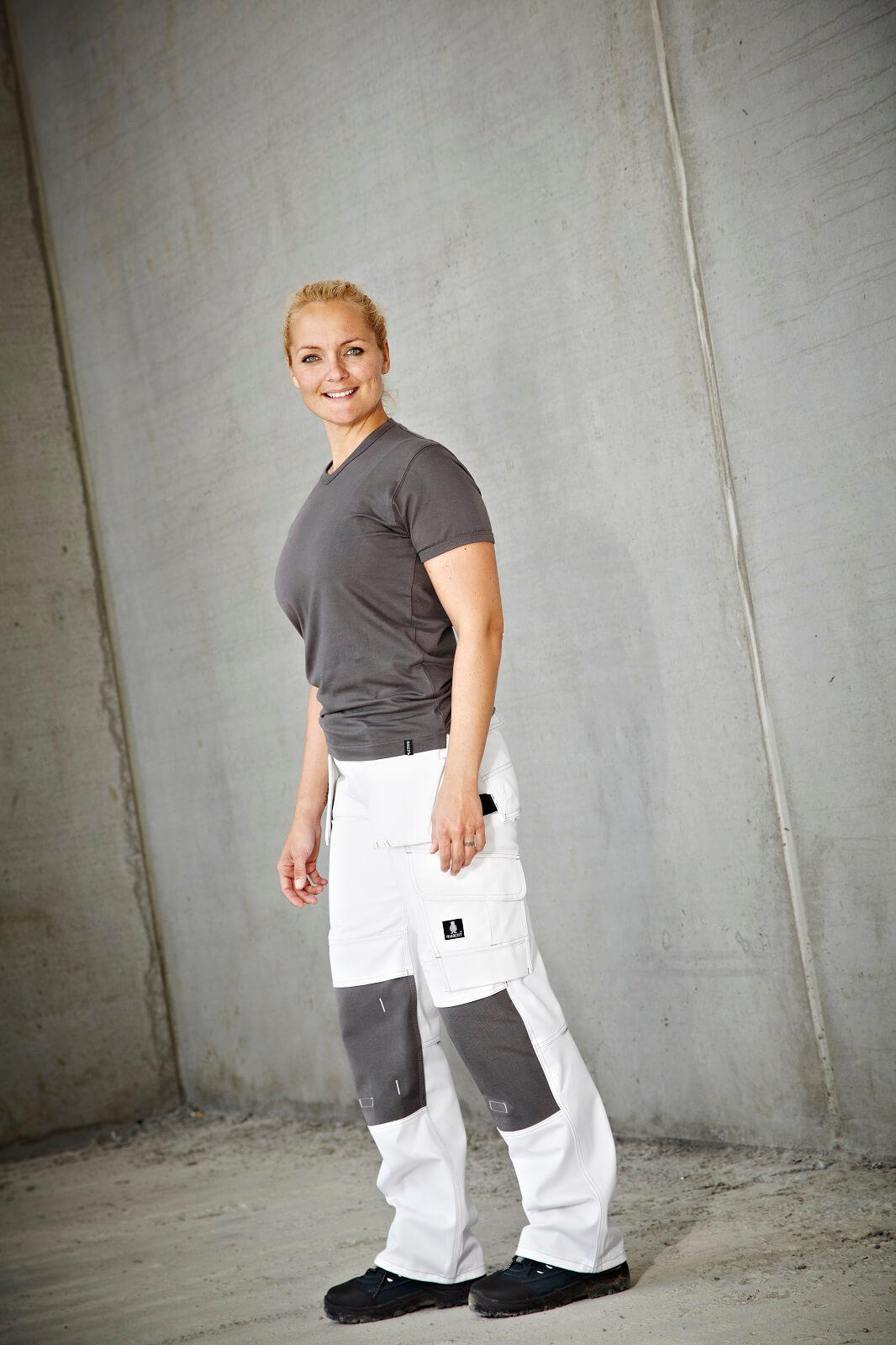 T-shirt & Work Pants - Woman - Environment - MASCOT® HARDWEAR